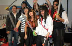 (3)(2)(1)PiratesDilema